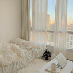 Room Ideas Bedroom, Bedroom Decor, Korean Bedroom Ideas, Decorating Bedrooms, Decor Room, Bedroom Inspo, Minimalist Room, Aesthetic Room Decor, Cozy Room