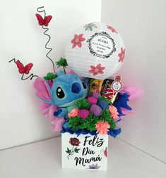 Diy Birthday, Birthday Gifts, Happy Birthday, Edible Bouquets, Balloon Decorations Party, Candy Bouquet, Ideas Para Fiestas, Gift Store, Creative Gifts