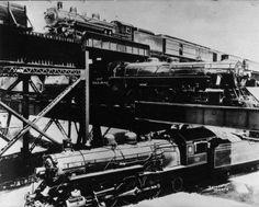 1933 - Vue du pont de chemin de fer à trois étages de Richmond Etats-Unis. Photographie de presse : Acmé
