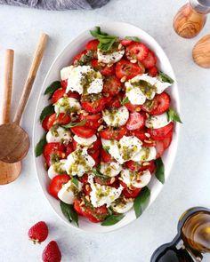 Perfect Lemon Ricotta Bundt Cake | Del's cooking twist Salade Healthy, Healthy Salads, Healthy Eats, Refreshing Salad Recipe, Parmesan, Burrata Salad, Vegan Fudge, Lentil Salad, Creamy Cheese
