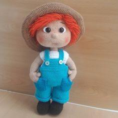 "84 lượt thích, 7 bình luận - رویای قلاب بافی (@crochet_crochetlove) trên Instagram: ""#crochet_toy #crochet #amigurumidoll #amigurumi #gardener #doll #کروشیه #قلاببافی #قلاببافی #رویای…"""