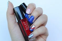 Fourth of July Manicure #tutorial | Nail Art | Nail Ideas | Red White Blue