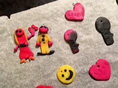Diy-Ohrringe und Anhänger | kinderinfoblog Blog, Kids Rugs, Home Decor, Diy, Basteln, Recyle, Children, Homemade Home Decor, Kid Friendly Rugs