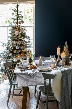 Get your Christmas day decor inspiration from John Lewis and brighten up your home with festive decorations and tablewear