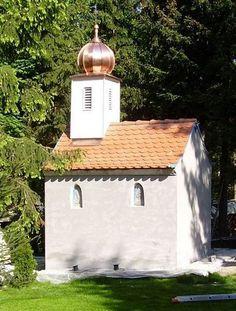Kupferkuppel auf kleiner Kirche. Aurnhammer Bedachungen GmbH in Ulm (89073) | Dachdecker.com