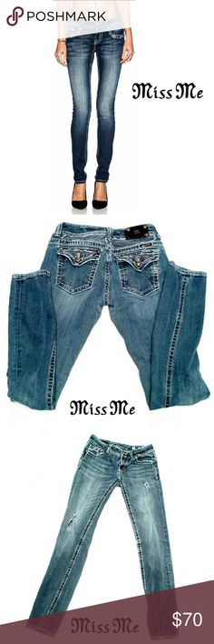 """MISS ME SKINNY JEANS SIZE 30 MISS ME SKINNY JEANS Pre-Loved / JP50025K-27 Size 30 *   5 Pocket Jean's w/Embellished Back Flap Pockets *   Silver Tone Buttons on Back Flaps *   Double Button Closure w Silver Tone Buttons *   Medium Wash w/Fading, Whiskering & Destress Tears Approx Meas;    *   Waist   15""""    *   Inseam   33""""    *   Rise   8"""" Pls Sea a All Pics. Ask ? If Not Sure Miss Me Jeans Skinny"""