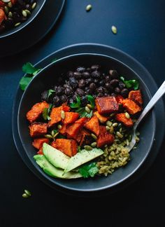 Roasted sweet potatoes with healthy green rice and black beans. Delicious recipe for lunch or dinner!