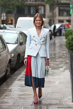 another fab skirt. #HelenaBordon in Paris.