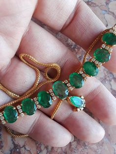 Gold Colombian Emerald Diamond Necklace Exclusive One Of A image 0 Diamond Solitaire Necklace, Emerald Diamond, Diamond Mangalsutra, Diamond Choker, Diamond Brooch, Diamond Heart, Bling Bling, Gold Jewelry Simple, Simple Necklace