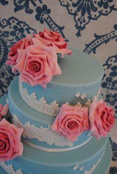 ...for the new & fabulous German Cake supplier Shop ;)  a href=http://www.torten-boutique.de/ rel=nofollowwww.torten-boutique.de//a  To show the beautiful Lace Moulds ;)