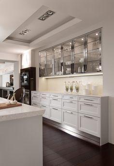 classic kitchen with handles beauxarts 02 siematic com kitchen rh pinterest com