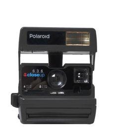 polaroid 600 des années 80 remis à neuf spécialement pour lavantgardiste.com