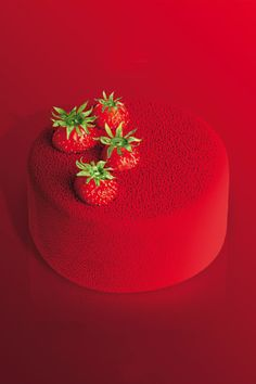 make glaze like this Amazing food photo red cake strawberry