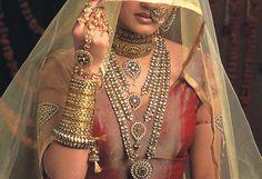 aishwarya rai, jodha akbar, mughal indian jewellery