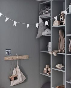 kids room grey wall The post kids room grey wall appeared first on Children's Room. Baby Bedroom, Kids Bedroom, Bedroom Wall, Bedroom Decor, Deco Kids, Kids Room Design, Design Bedroom, Home Design, Kids Decor