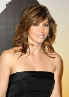 Beautiful Hairstyles Photo Look Collection of Jessica Biel. Also See more Celebrity Hairstyles Looks Collections. Short Wavy Hairstyles For Women, Prom Hairstyles, Celebrity Hairstyles, Pretty Hairstyles, Layered Hairstyles, Shaggy Hairstyles, Medium Hair Styles, Short Hair Styles, Medium Layered Hair