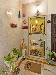 Entrance Decor Ideas for Home Awesome Pin by Vidya Govindarajan On Indian Decor – Indian Living Rooms Home Entrance Decor, Apartment Entrance, House Entrance, Entryway Decor, Wall Decor, Entrance Ideas, Foyer Ideas, Apartment Ideas, Door Entryway