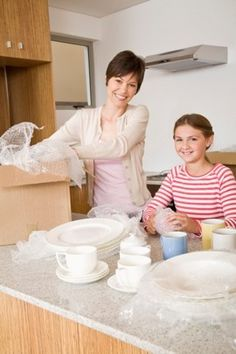 Cooking during a Move: Easy Dishes to Make While Unpacking Your Kitchen