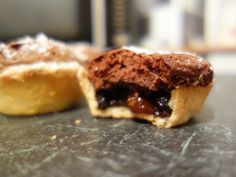 Traditional Christmas mince pies with a rich chocolatey brownie topping. Brownie Toppings, Mince Pies, Chocolate Filling, Boxing Day, Baking, Sweet, Desserts, Recipes, Tarts