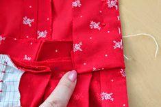 sewing galaxy: Den Dirndl Geheimnissen auf der Schliche, Teil 5 Nerd, Alexander Mcqueen Scarf, Fashion, Germany, Awesome Things, Sewing Clothes, Handarbeit, Moda, Fashion Styles