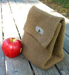 Free Knitting Pattern - Bags, Purses & Totes: Brown Bag