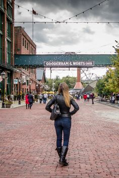 The charming Distillery District in Toronto, Ontario, Canada is one of the best spots for photography (hello, Instagram!) in the whole city.