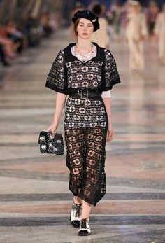 Ready-to-wear - Cruise 2016/17 - Look 55 - CHANEL