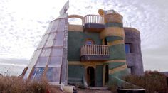 Earthships: These Cute Houses in New Mexico Are Built from Trash and Are Totally Off-The-Grid