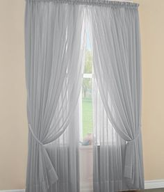 Awesome layered curtains! They look so elegant and simple at the same time
