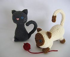 Searching for super kawaii cat patterns? Kitten Amigurumi Crochet Pattern by Amy Gaines, a free pattern, has detailed instructions. Want more kawaii patterns? Amy includes her Etsy store link.