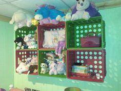 File crates hung on wall. File crates hung on wall. Diy Toy Storage, Storage Organization, Organization Ideas, Storage Ideas, Stuffed Animal Storage, Diy Stuffed Animals, Big Girl Rooms, Diy Toys, Getting Organized