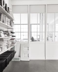 we curate minimalist lifestyle goods and deliver to you quarterly | learn more @ minimalism.co