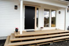 Outdoor Spaces, Outdoor Living, Outdoor Decor, Back Steps, Composite Decking, Front Entrances, House Layouts, Old Houses, Home Buying