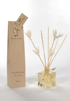 Rattan sticks by Branche d'Olive Diffuser scents and packaging for Karen Gilbert - Fragrant Alchemy Room Diffuser, Candle Diffuser, Home Scents, Home Fragrances, Packaging Inspiration, Homemade Reed Diffuser, Craft Packaging, Candle Packaging, Diffuser Sticks