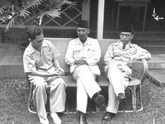 They are Founding fathers of Indonesia World History, Art History, Old Pictures, Old Photos, Oliver Wendell Holmes Jr, The Proclaimers, In Another Life, East Indies, Surrealism Photography