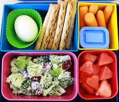 Proof that super fast and easy lunches don't have to mean pre-pacakged and heavily processed lunches.