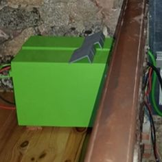 Instalación Batería 250Ah AGM 12V TFS UPower Kit Solar, Solar Projects, Cool Stuff, House, Painting Furniture, Painted Furniture, Electrical Work, Solar Panels, Solar Power