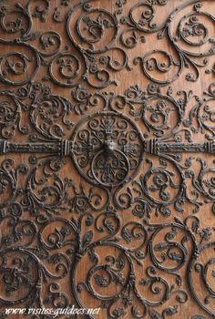 les ventaux de Notre Dame par Biscornet