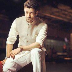 Mens Indian Wear, Mens Ethnic Wear, Indian Groom Wear, Indian Men Fashion, Men's Fashion, Fashion Suits, Wedding Kurta For Men, Wedding Dresses Men Indian, Wedding Dress Men