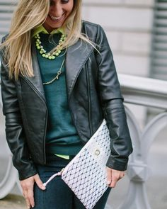 Pictured: Navy/ White Clutch