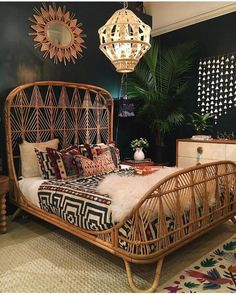 Inspiring Bohemian decoration ideas for your bedroom 07 # Bohemian bedroom Best Picture For bohemian living boho home decor For Your Taste You are looking for something, and it is going to tell you exactly … Bohemian Bedroom Decor, Home Decor Bedroom, Modern Bedroom, Bedroom Ideas, Bedroom Wall, Eclectic Bedrooms, Bohemian Interior, Master Bedroom, Bohemian Decorating