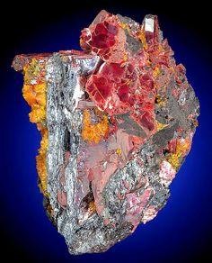 spécimen étonnante combinaison de lames Getchellite sur Stibnite avec Orpiment d'orange! | Géologie IN