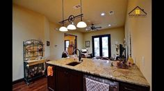 Luxury Listing Specialist in Central Texas