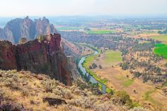 Smith Rock State Park in Bend, Oregon