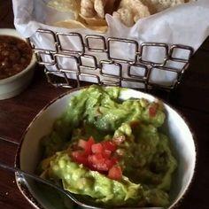 Guacamole With Pork Rinds @ Bandolero