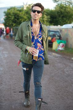Nick Grimshaw wearing Hunter Original boots at Glastonbury 2015