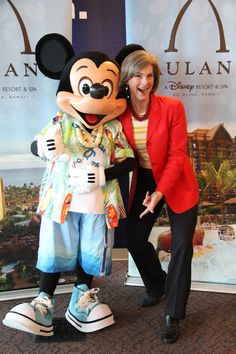 You never know who will stop by the KOMO Newsroom!  Mickey Mouse paid a visit to share information about the Disney Aulani Resort. Denise Whitaker was very excited to get a picture of Mickey.