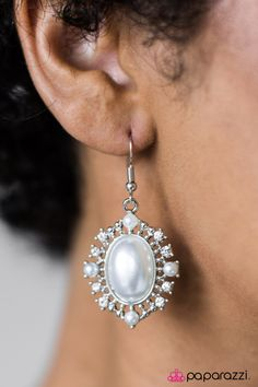 Paparazzi Accessories-   Everything is $5!  All jewelry is nickel and lead free. New inventory added daily. If you see a piece that you love buy it because it might not be there again. Find this and other jewels at https://paparazziaccessories.com/84702/ Red Carpet Romance - Silver