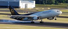 UPS Airbus A300 freighter N160UP - photo: Russell Hill   Flickr - Photo Sharing!