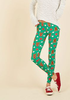 Swell on a Holiday Leggings in Gingerbread. Guarantee a season bustling with joy by adding these green leggings to your collection of cozy clothes. Ugly Sweater Party, Holiday Sweater, Ugly Christmas Sweater, Christmas Clothes, Reindeer Sweater, Holiday Leggings, Green Leggings, Novelty Print, Trousers